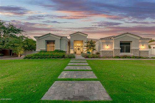 Photo of 3020 E PALO VERDE Street, Gilbert, AZ 85296 (MLS # 6154386)