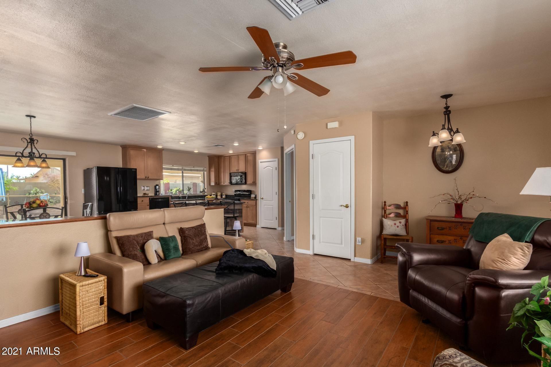 Photo of 4819 W CHRISTY Drive, Glendale, AZ 85304 (MLS # 6200387)