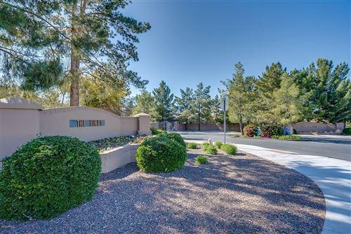 Photo of 7016 S 38th Place, Phoenix, AZ 85042 (MLS # 6061388)