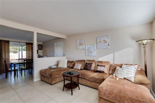 Photo of 3122 W COUNTRY GABLES Drive, Phoenix, AZ 85053 (MLS # 6166391)