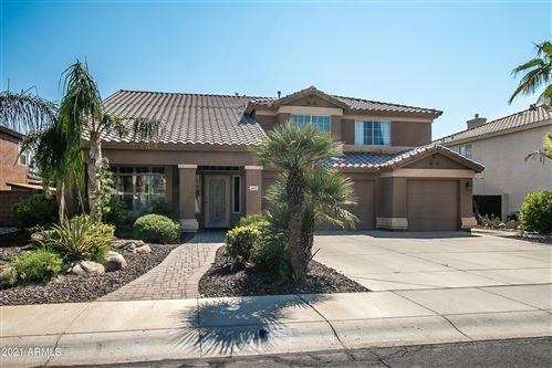 Photo of 2621 E ARABIAN Drive, Gilbert, AZ 85296 (MLS # 6293392)