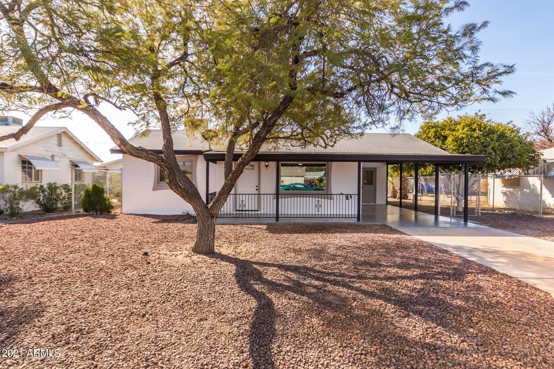 Photo of 11107 W INDIANA Avenue, Youngtown, AZ 85363 (MLS # 6181393)