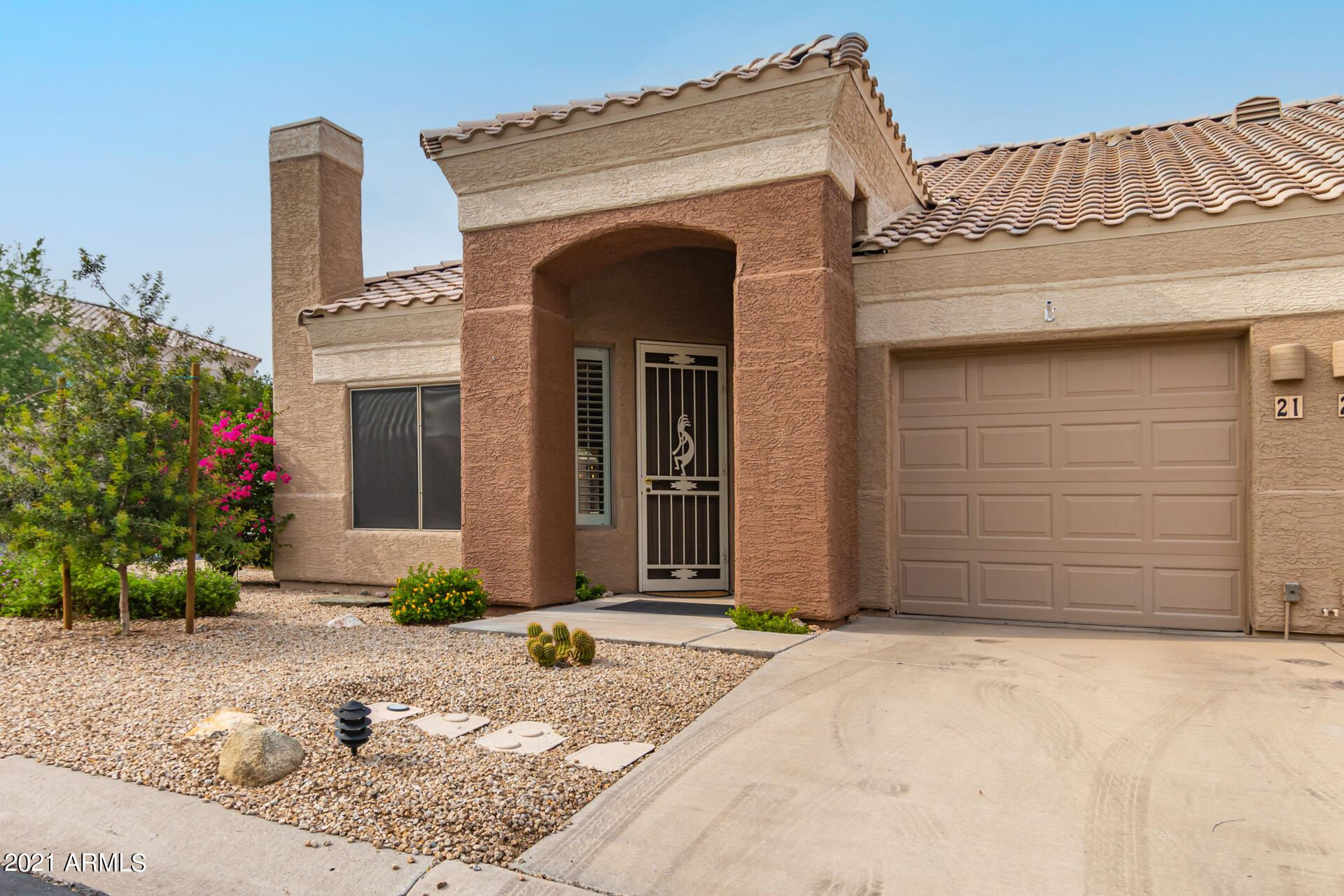 Photo of 16450 E AVE OF THE FOUNTAINS -- #21, Fountain Hills, AZ 85268 (MLS # 6269393)