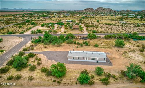 Photo of 365 N STARVIEW Road, Maricopa, AZ 85139 (MLS # 6287396)