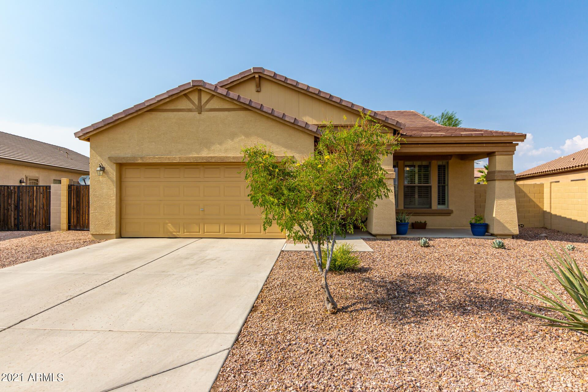 Photo of 38611 N ARMADILLO Drive, San Tan Valley, AZ 85140 (MLS # 6268397)