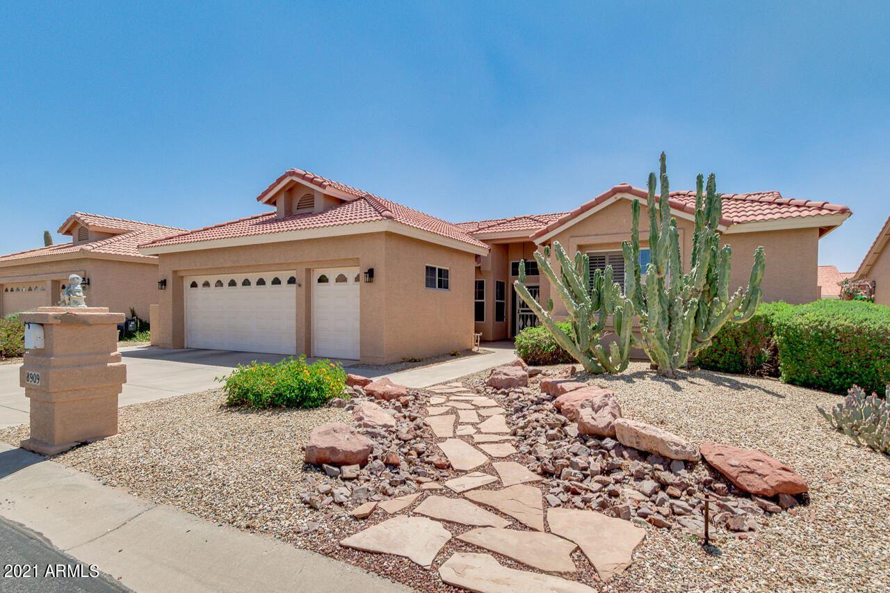 Photo of 8909 E COPPER Drive, Sun Lakes, AZ 85248 (MLS # 6225398)