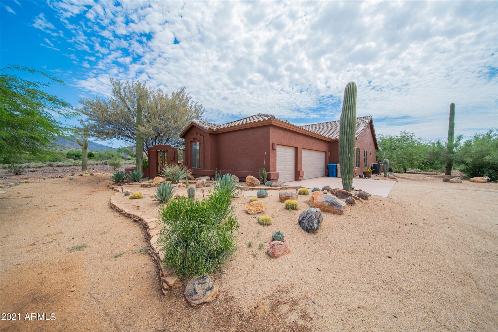 Photo of 5799 E HIDDEN SPRINGS Road, Cave Creek, AZ 85331 (MLS # 6287399)