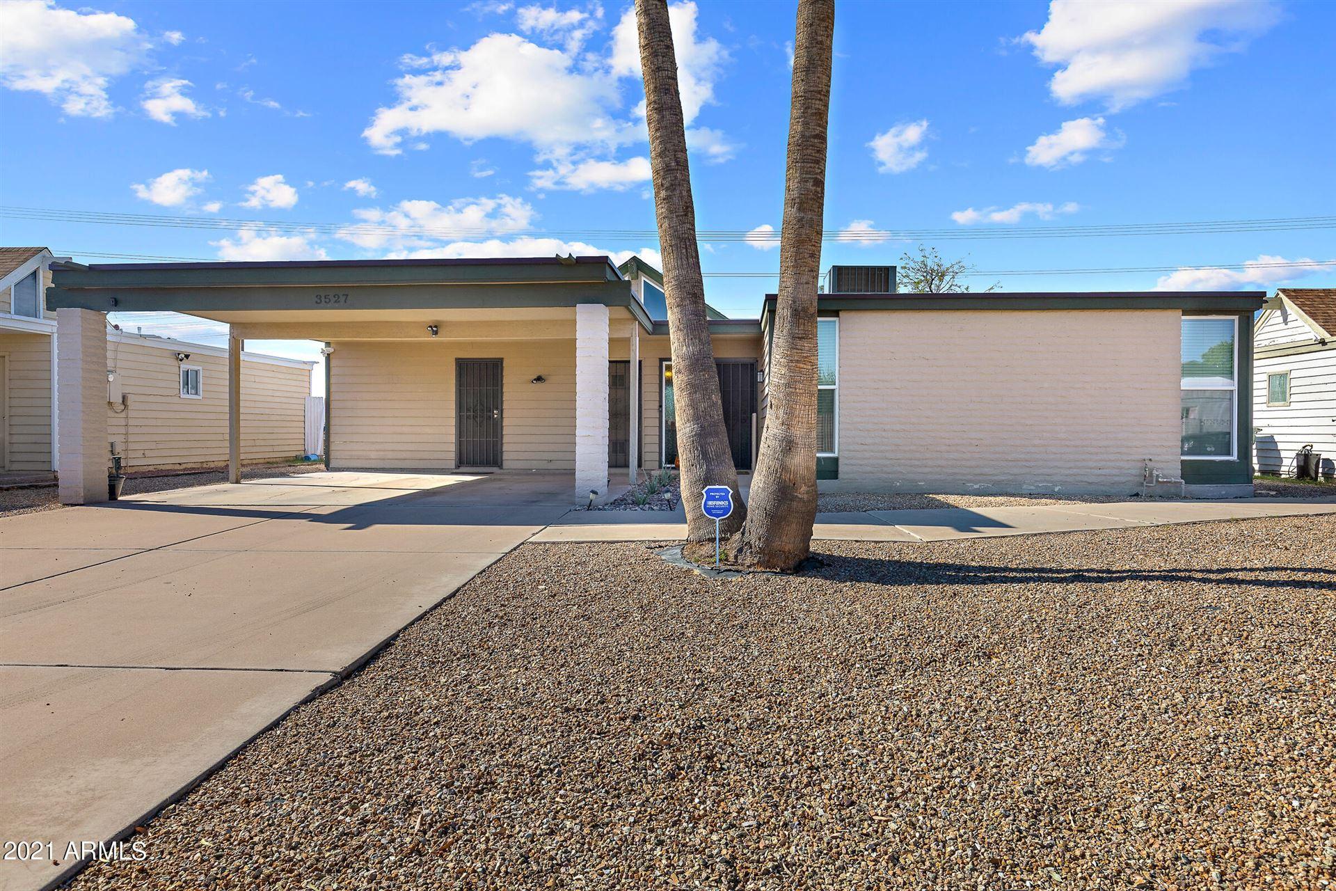 Photo of 3527 W VOGEL Avenue, Phoenix, AZ 85051 (MLS # 6307399)