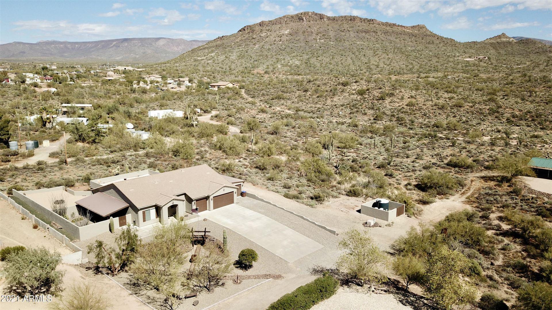 Photo of 212 W BLUE WASH Road, New River, AZ 85087 (MLS # 6202401)