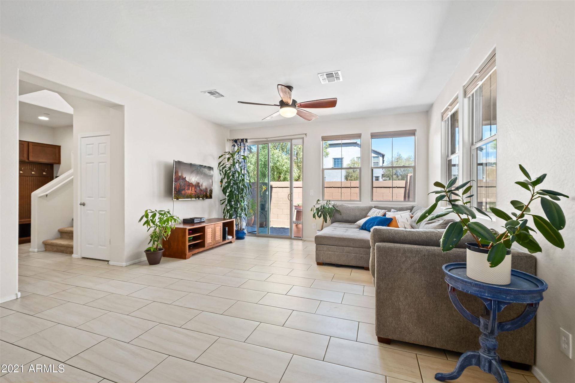 Photo of 255 N 56TH Place, Mesa, AZ 85205 (MLS # 6249408)