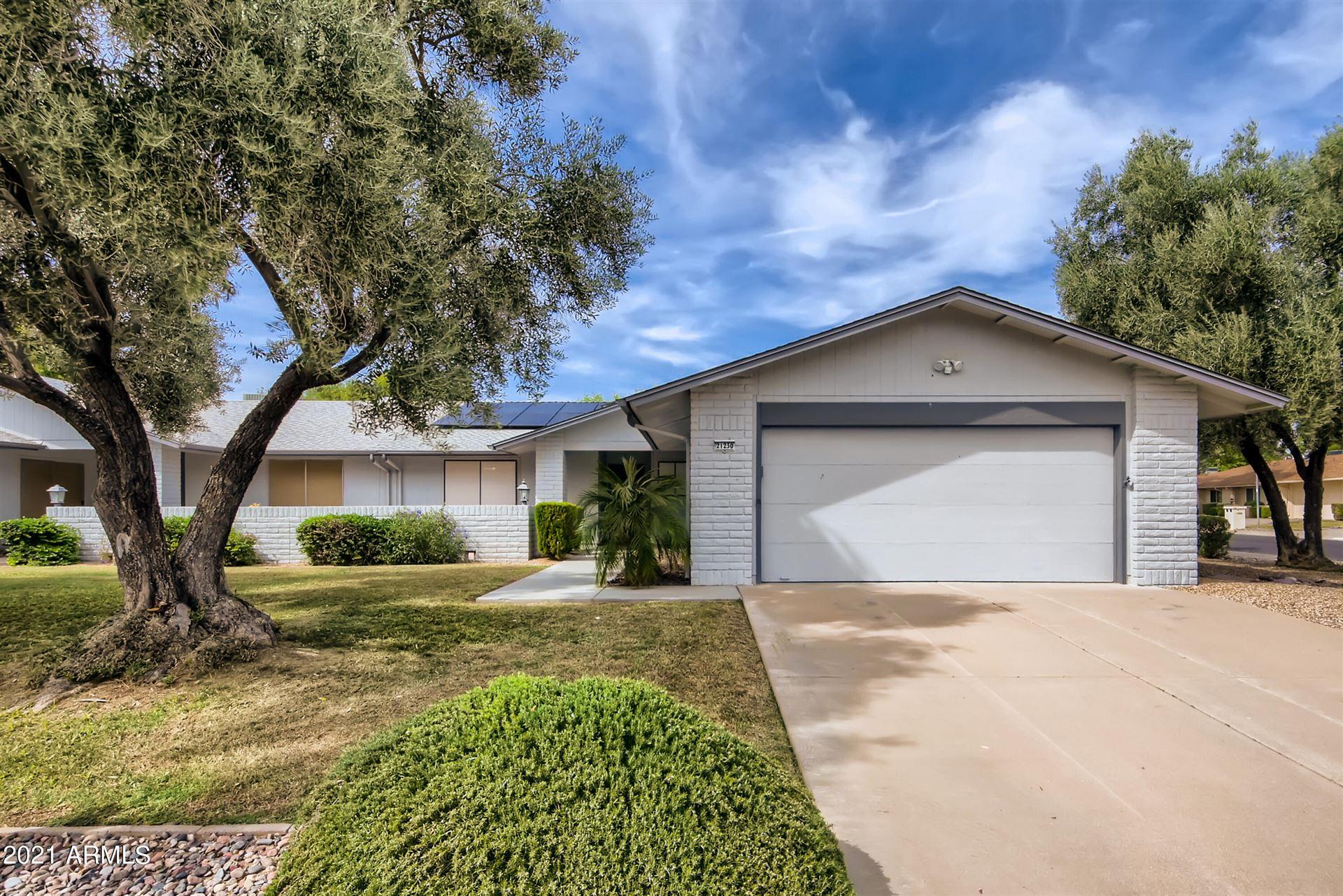 Photo of 21230 N AURORA Drive, Sun City West, AZ 85375 (MLS # 6302410)