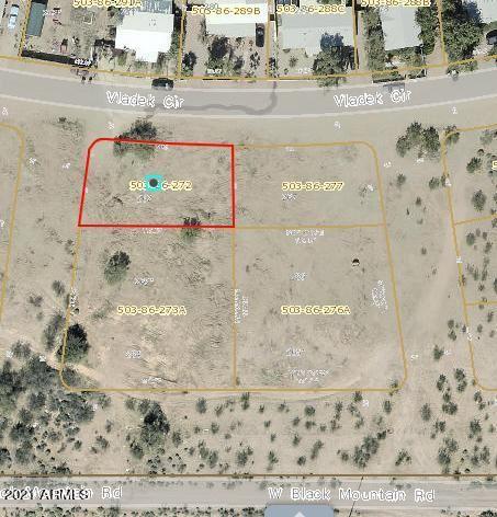 Photo of 451 W BLUM Drive, Morristown, AZ 85342 (MLS # 6189413)