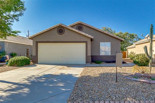 Photo of 2044 S LAWTHER Drive, Apache Junction, AZ 85120 (MLS # 6016414)