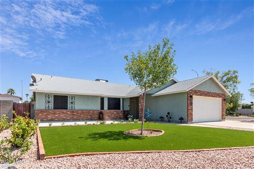 Photo of 1707 N PLATINA Circle, Mesa, AZ 85205 (MLS # 6294414)