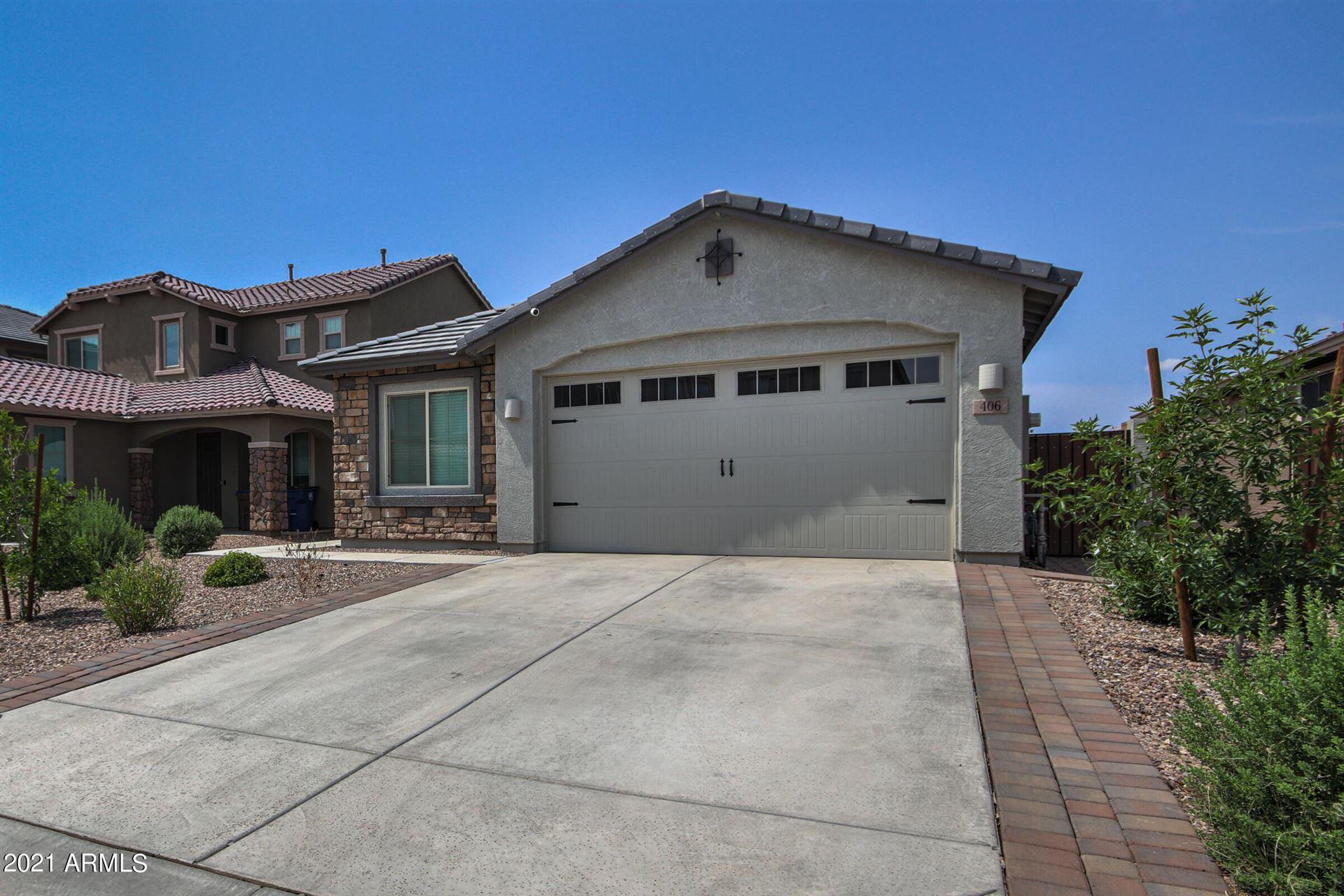 Photo of 406 W Striding Edge Drive, San Tan Valley, AZ 85142 (MLS # 6268414)