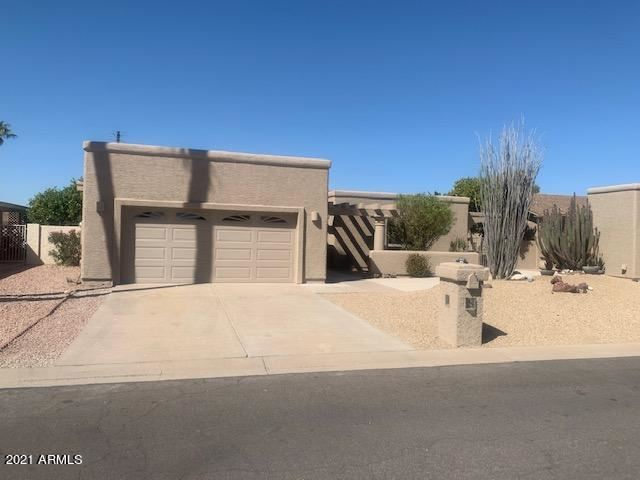 Photo of 26010 S NEW TOWN Drive, Sun Lakes, AZ 85248 (MLS # 6200416)