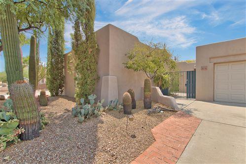 Photo of 13006 N MOUNTAINSIDE Drive #B, Fountain Hills, AZ 85268 (MLS # 6133418)