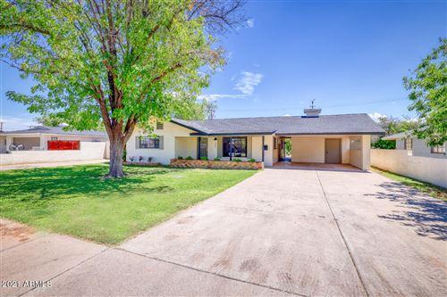Photo of 327 N PIONEER Street, Mesa, AZ 85203 (MLS # 6279419)