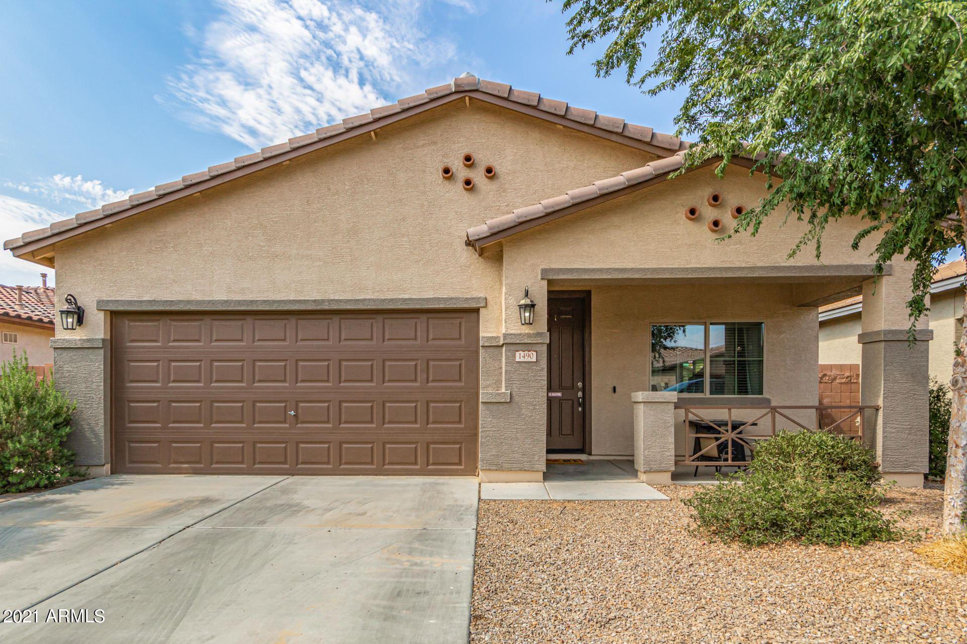 Photo of 1490 W CRAPE Road, Queen Creek, AZ 85140 (MLS # 6268420)