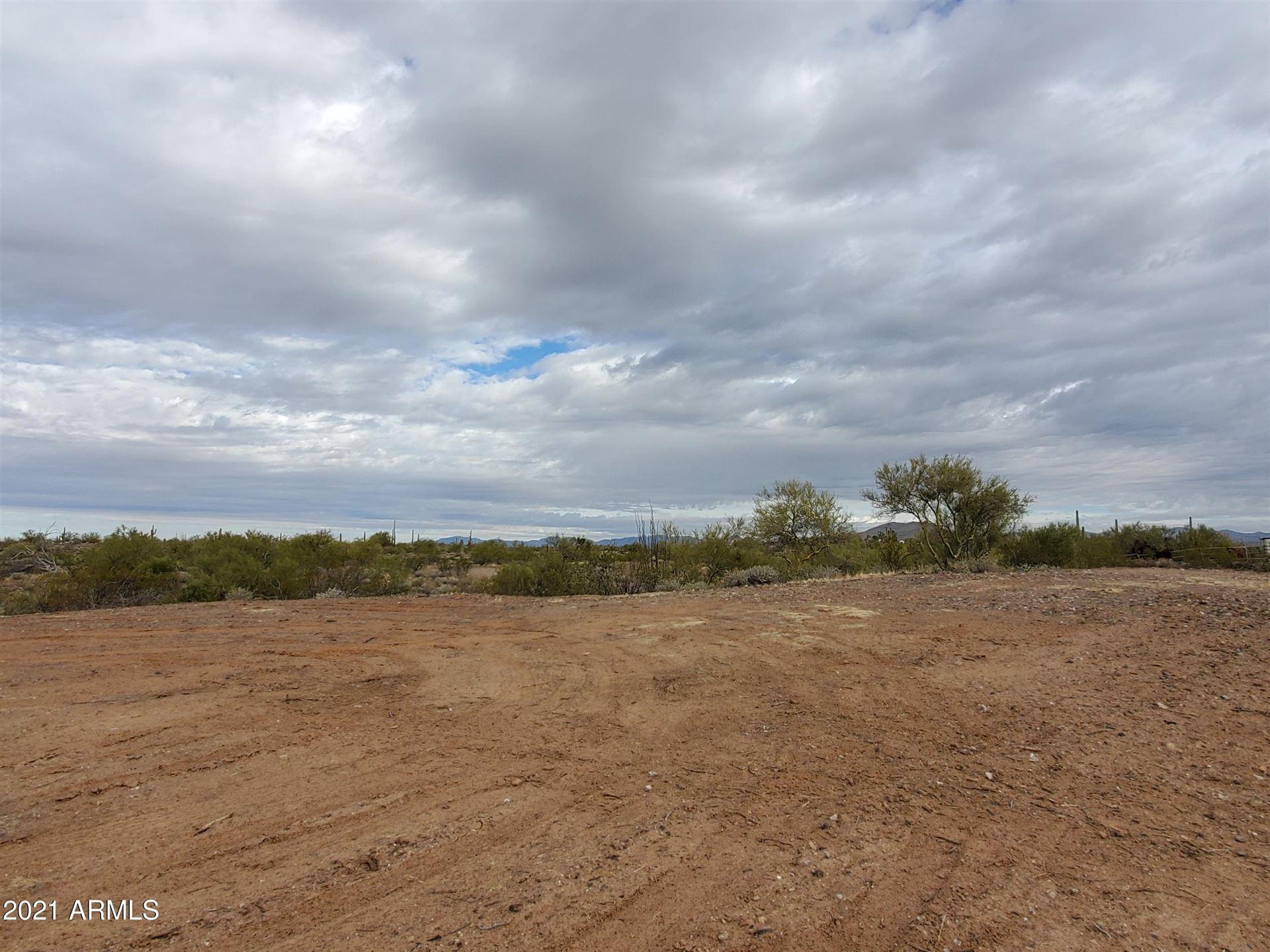 Photo of 0 N 264th Dr. Avenue, Morristown, AZ 85342 (MLS # 6189421)