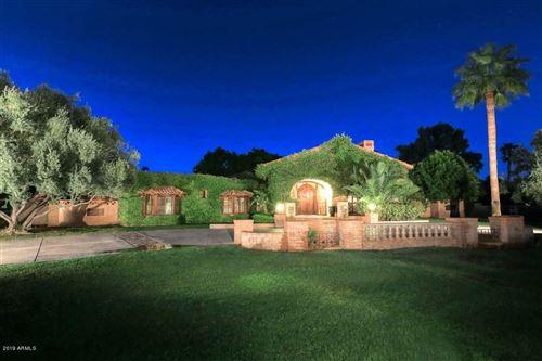 Photo of 6600 E CABALLO Drive, Paradise Valley, AZ 85253 (MLS # 6278422)