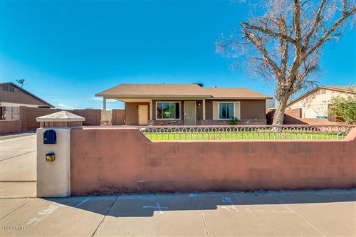 Photo of 5652 S 40th STREET Street, Phoenix, AZ 85040 (MLS # 6145423)