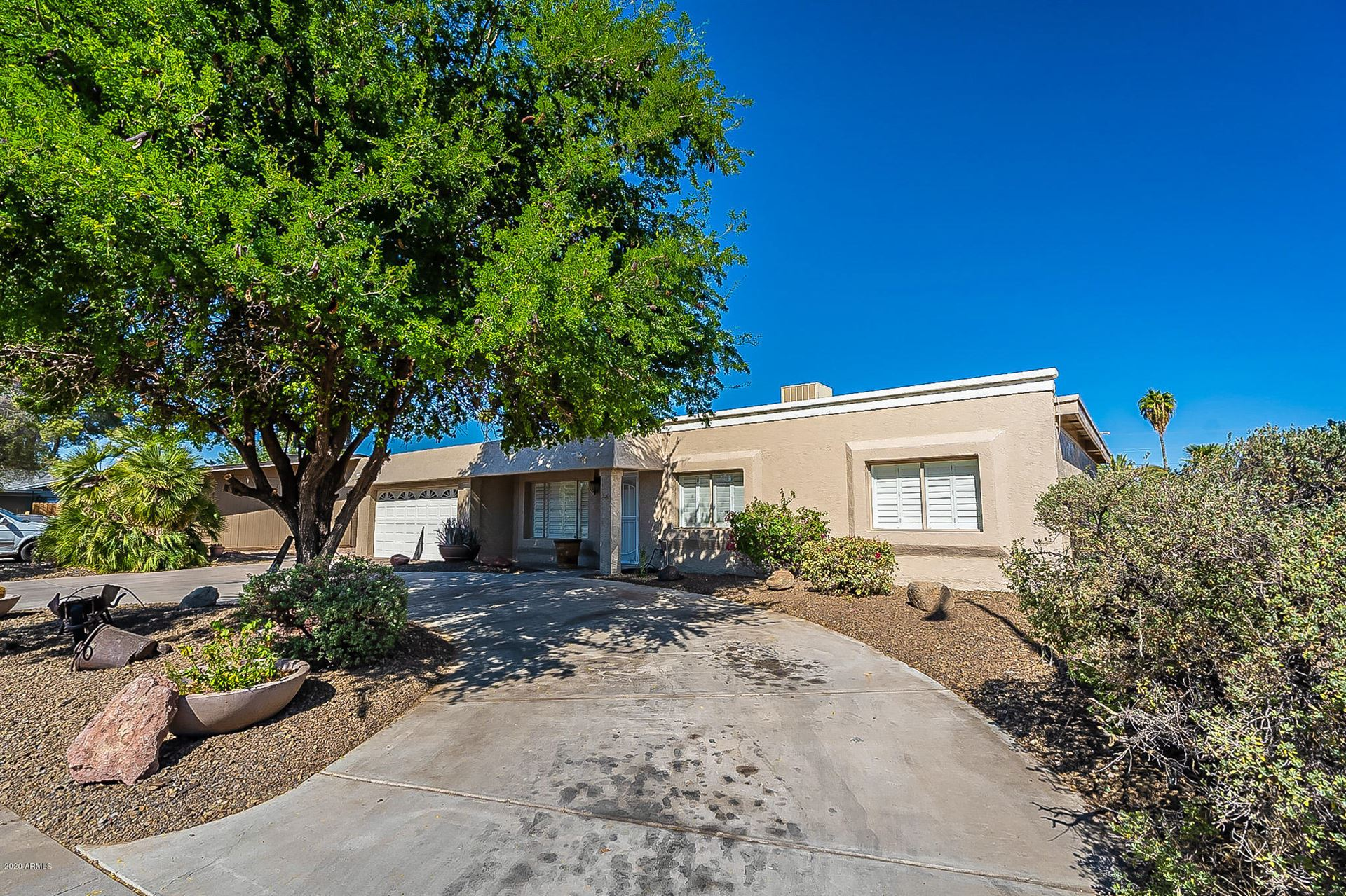 Photo for 3034 E DAHLIA Drive, Phoenix, AZ 85032 (MLS # 6151433)