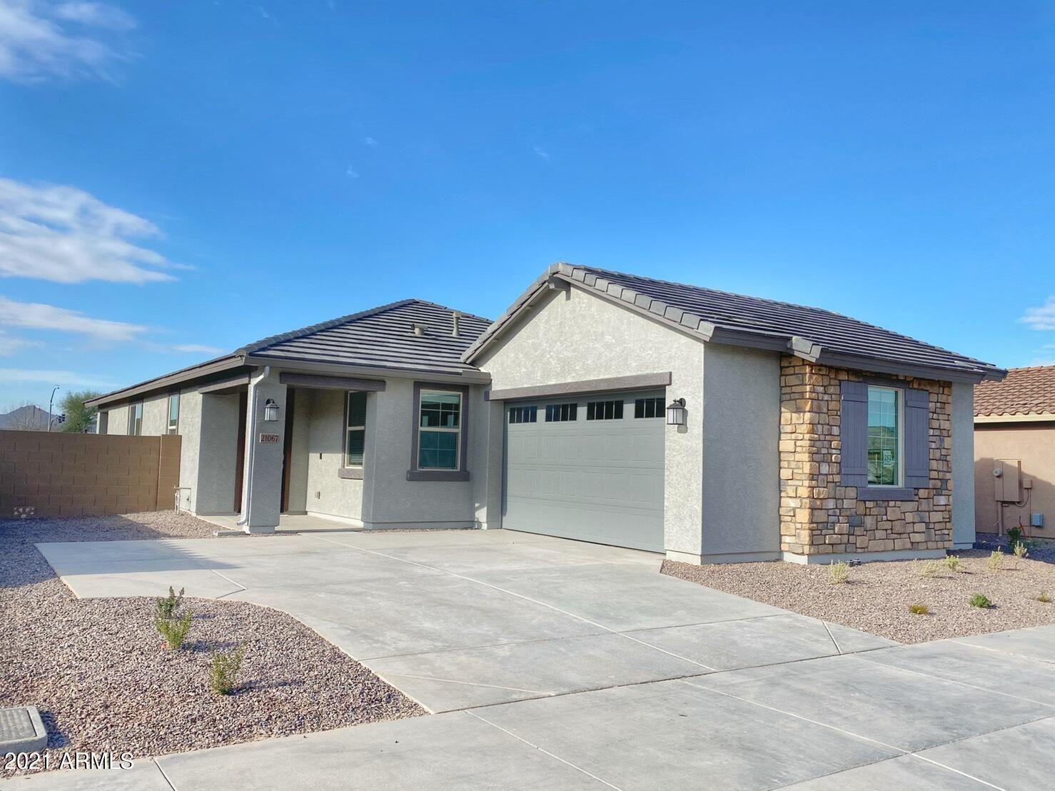 Photo of 21067 E ESTRELLA Road, Queen Creek, AZ 85142 (MLS # 6202435)