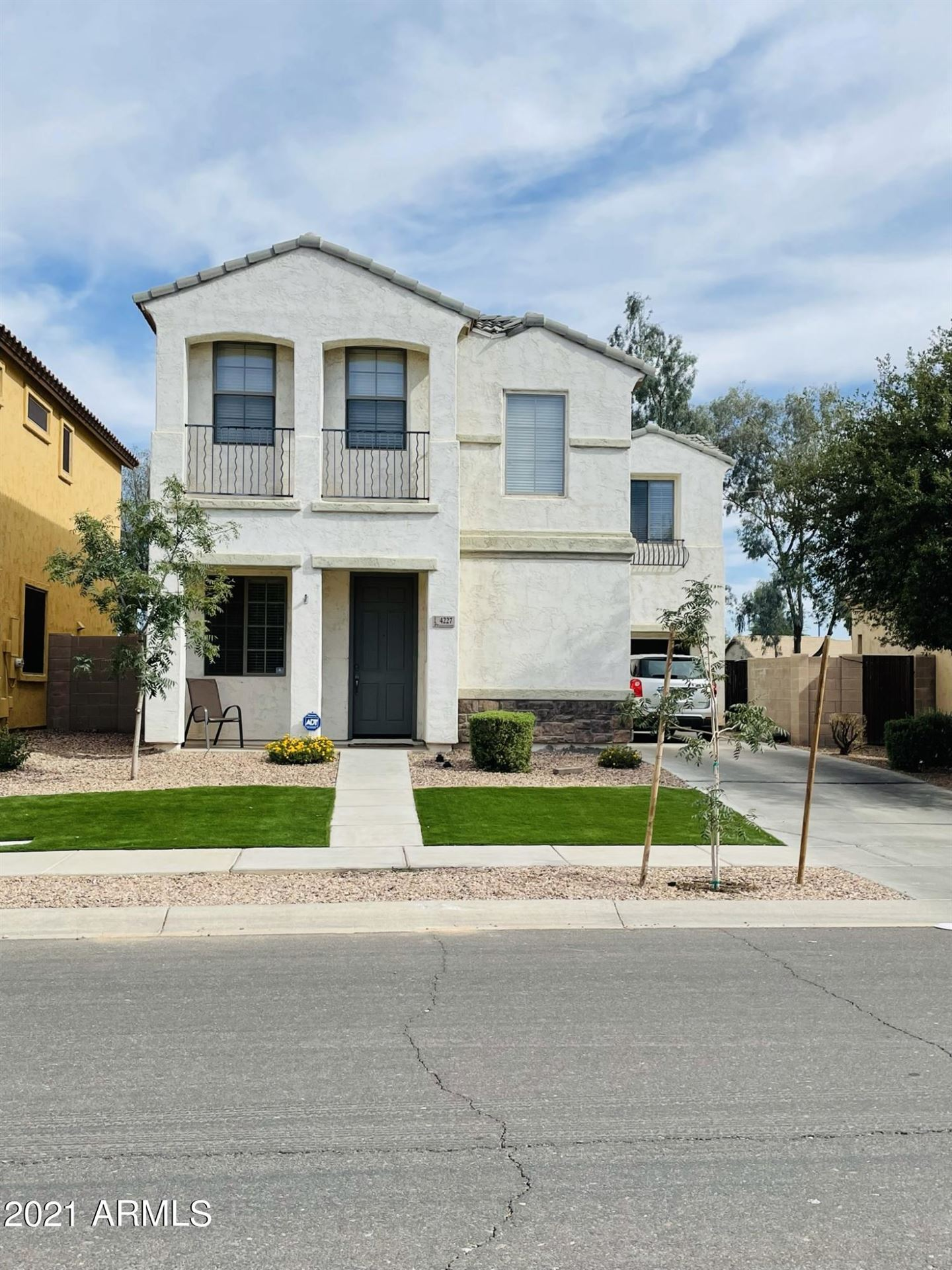 Photo of 4227 E SANTA FE Lane, Gilbert, AZ 85297 (MLS # 6249435)