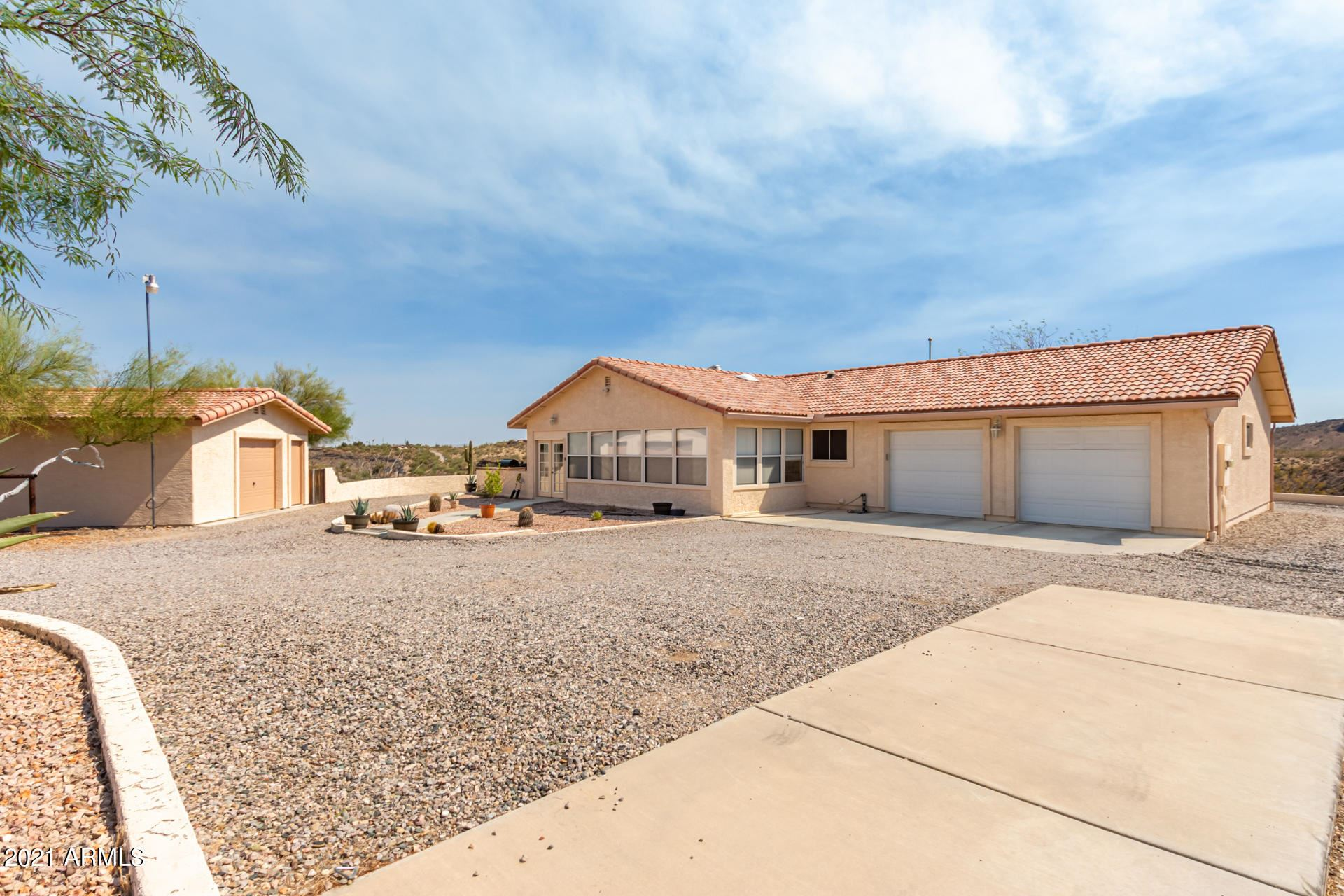 Photo of 44611 N US HWY 60 89 --, Morristown, AZ 85342 (MLS # 6261447)