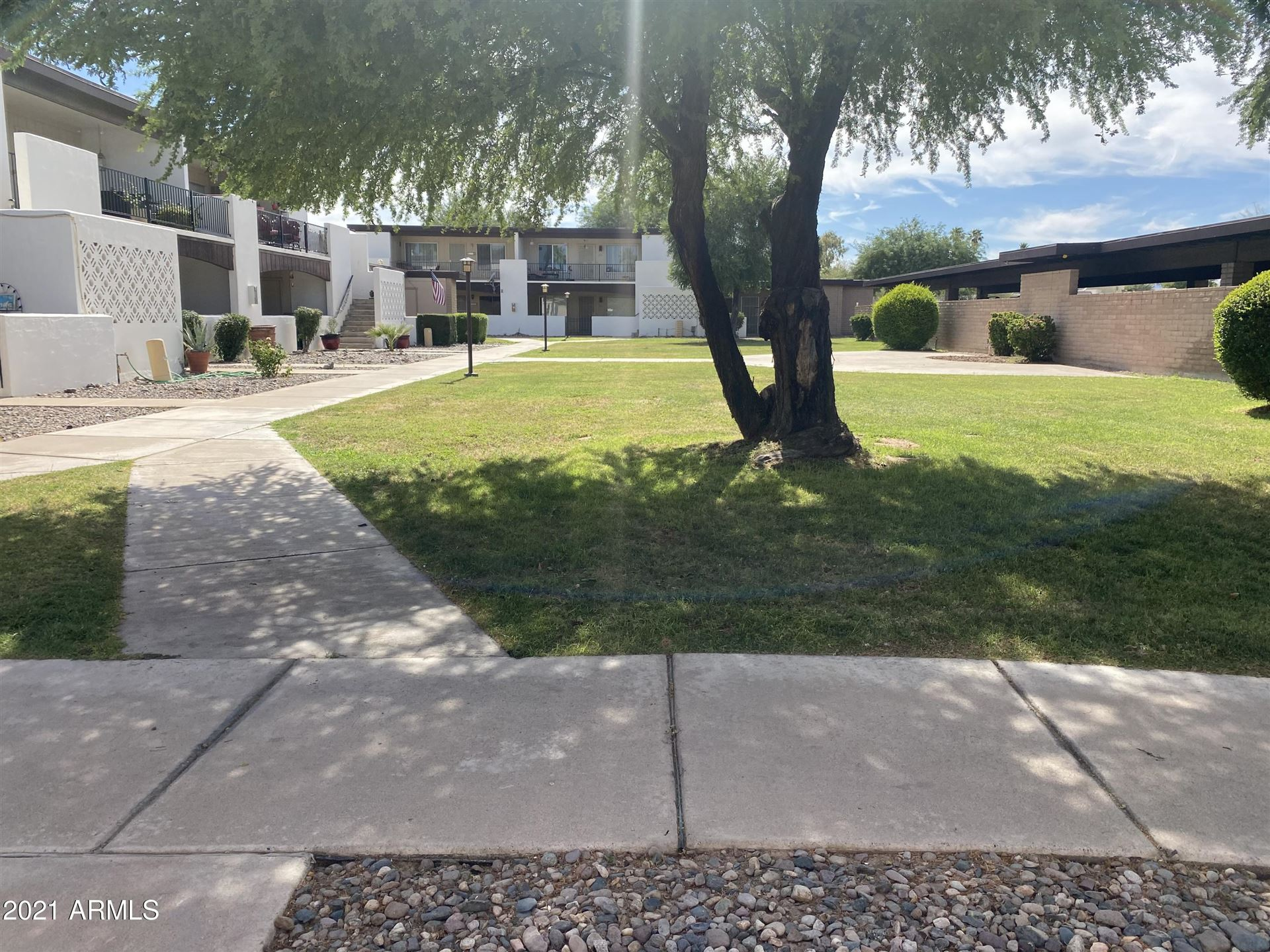 Photo of 220 S OLD LITCHFIELD Road #102, Litchfield Park, AZ 85340 (MLS # 6233448)