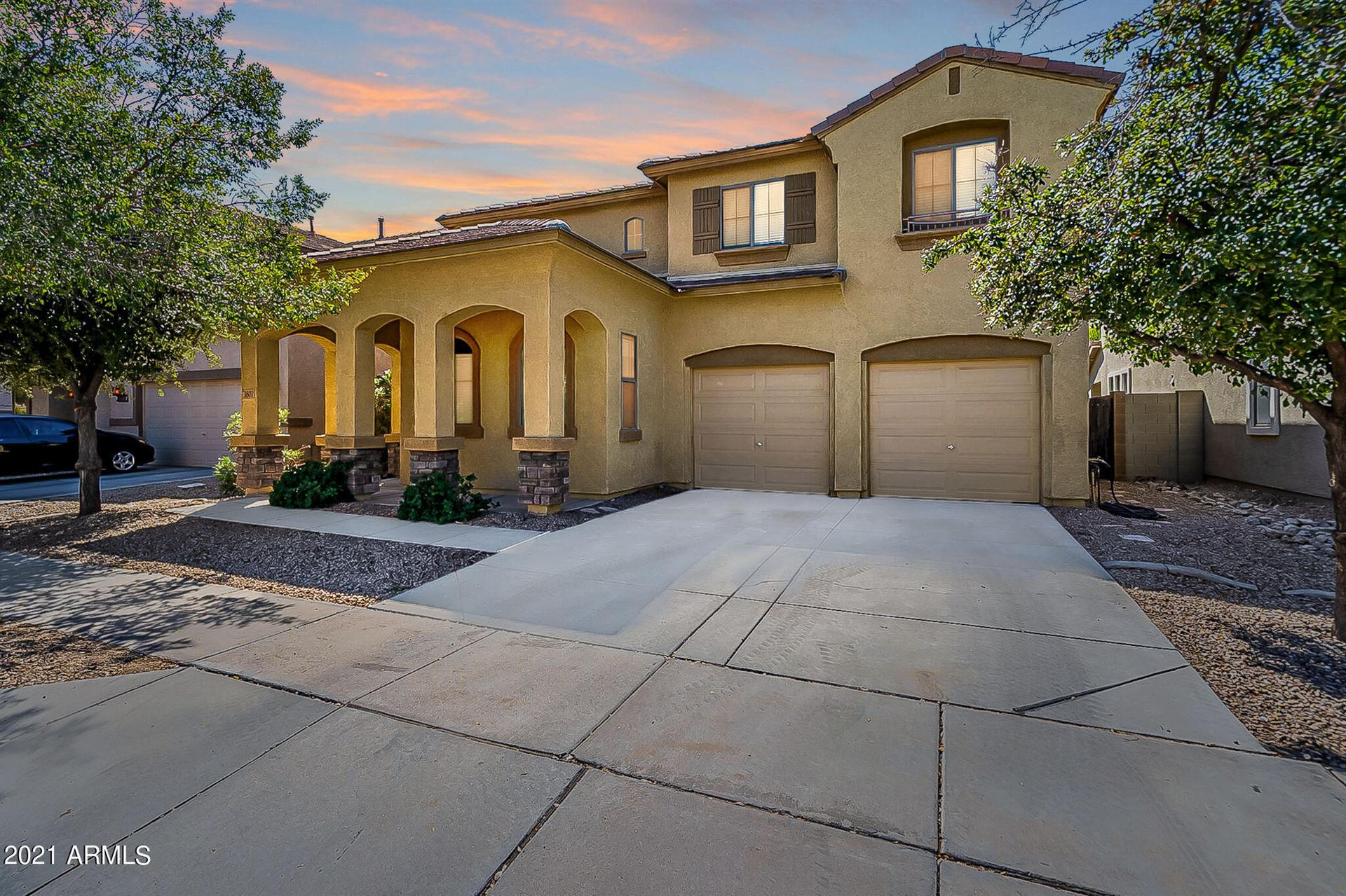 Photo of 3807 E PARKVIEW Drive, Gilbert, AZ 85295 (MLS # 6307449)