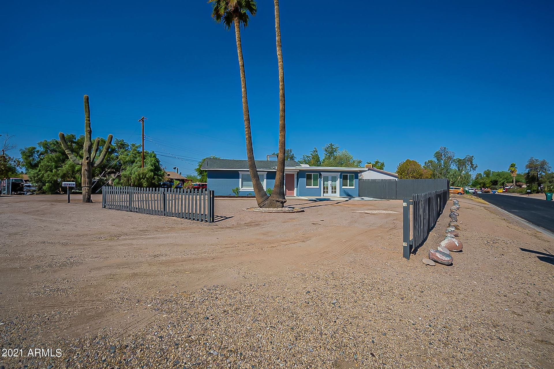 Photo of 428 S Meridian Road, Apache Junction, AZ 85120 (MLS # 6261450)