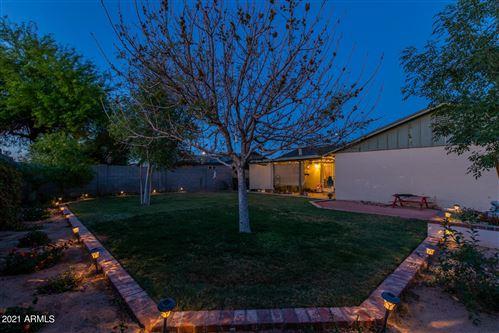 Photo of 10118 N 73RD Avenue, Peoria, AZ 85345 (MLS # 6220452)