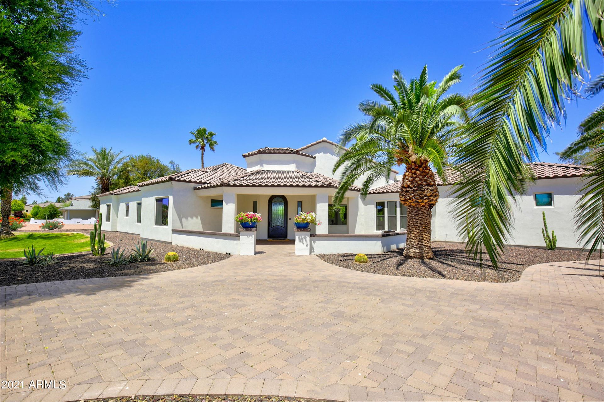 Photo of 6220 E COCHISE Road, Paradise Valley, AZ 85253 (MLS # 6244454)