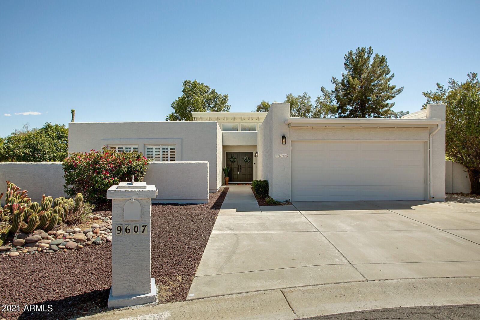 Photo of 9607 E CALGARY Avenue, Sun Lakes, AZ 85248 (MLS # 6229456)