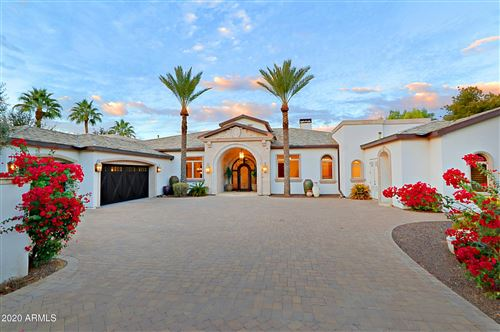 Photo of 9116 N FOOTHILLS MANOR Drive, Paradise Valley, AZ 85253 (MLS # 6175458)