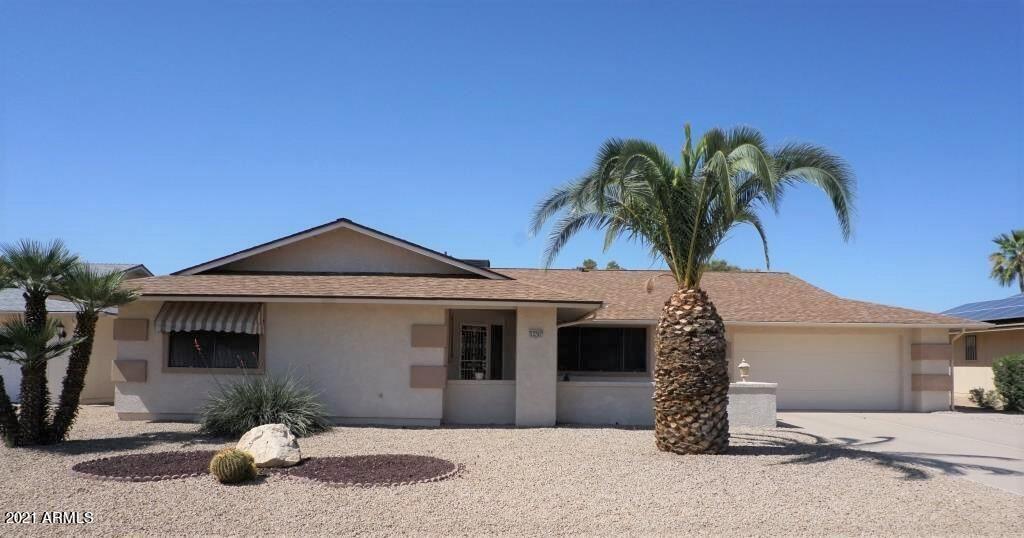Photo of 12707 W CRYSTAL LAKE Drive, Sun City West, AZ 85375 (MLS # 6220458)