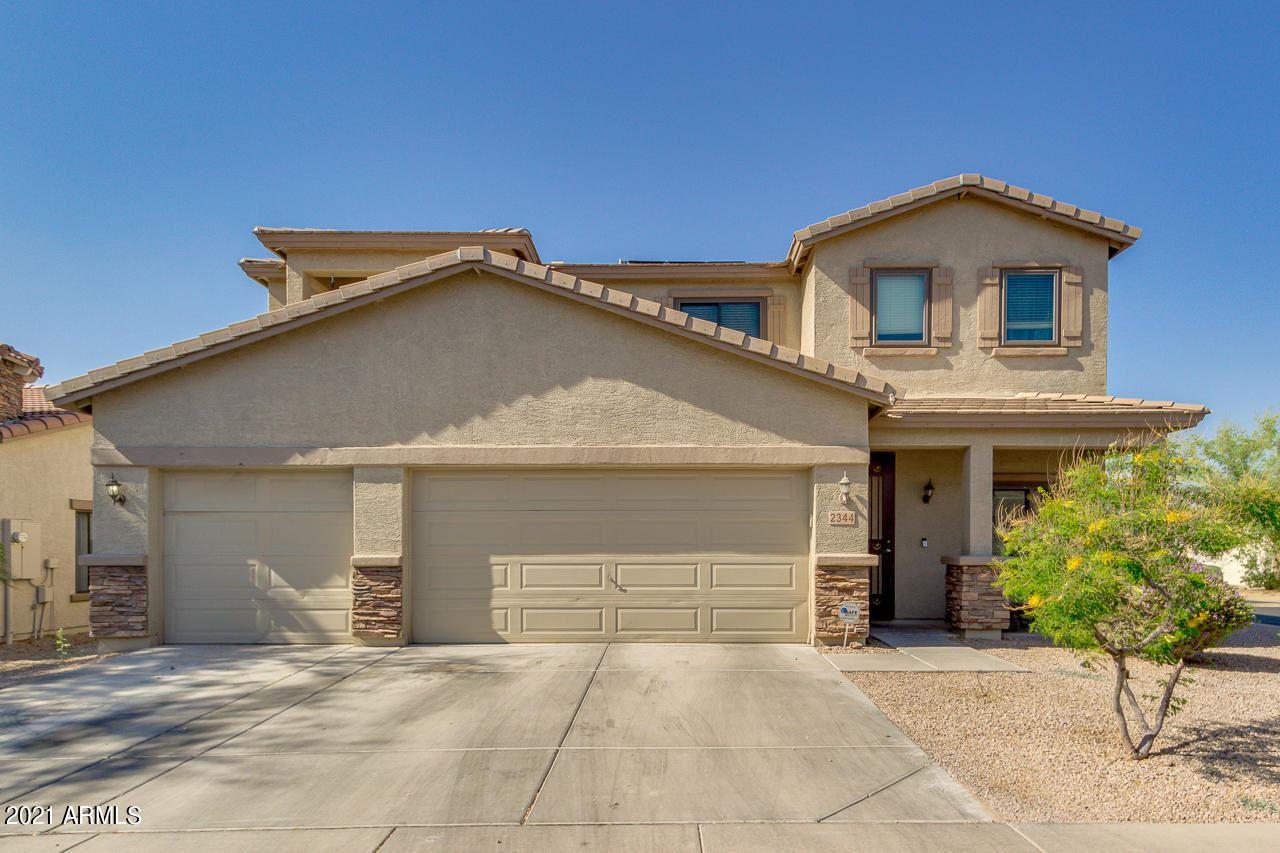 Photo of 2344 E GREENLEE Avenue, Apache Junction, AZ 85119 (MLS # 6228459)