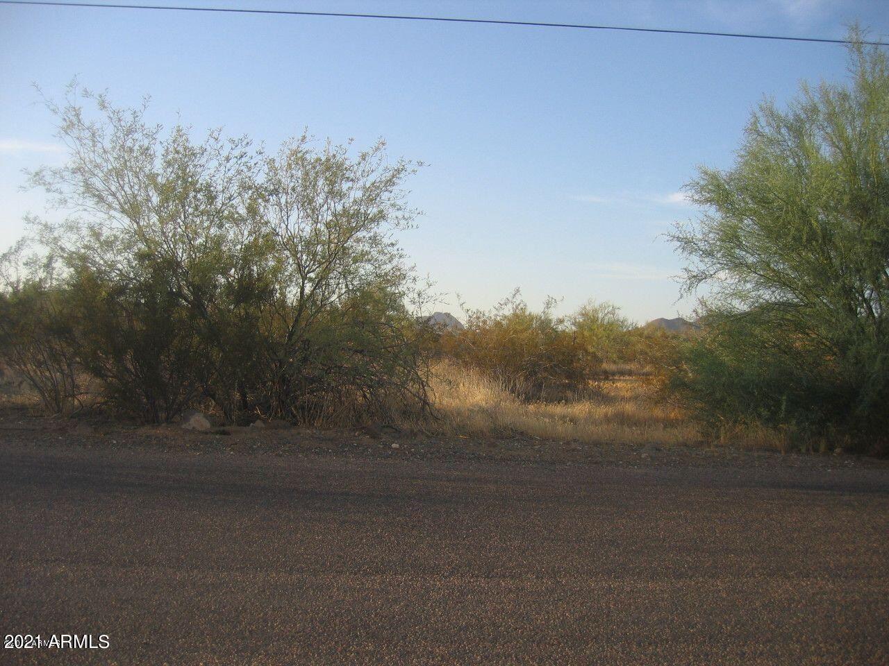 Photo of 3200 W IRVINE Road, Desert Hills, AZ 85086 (MLS # 6258459)