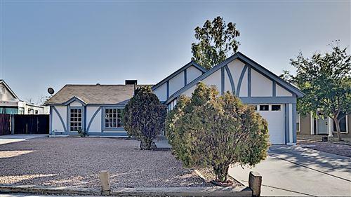 Photo of 661 E ESTRELLA Drive, Chandler, AZ 85225 (MLS # 6152461)