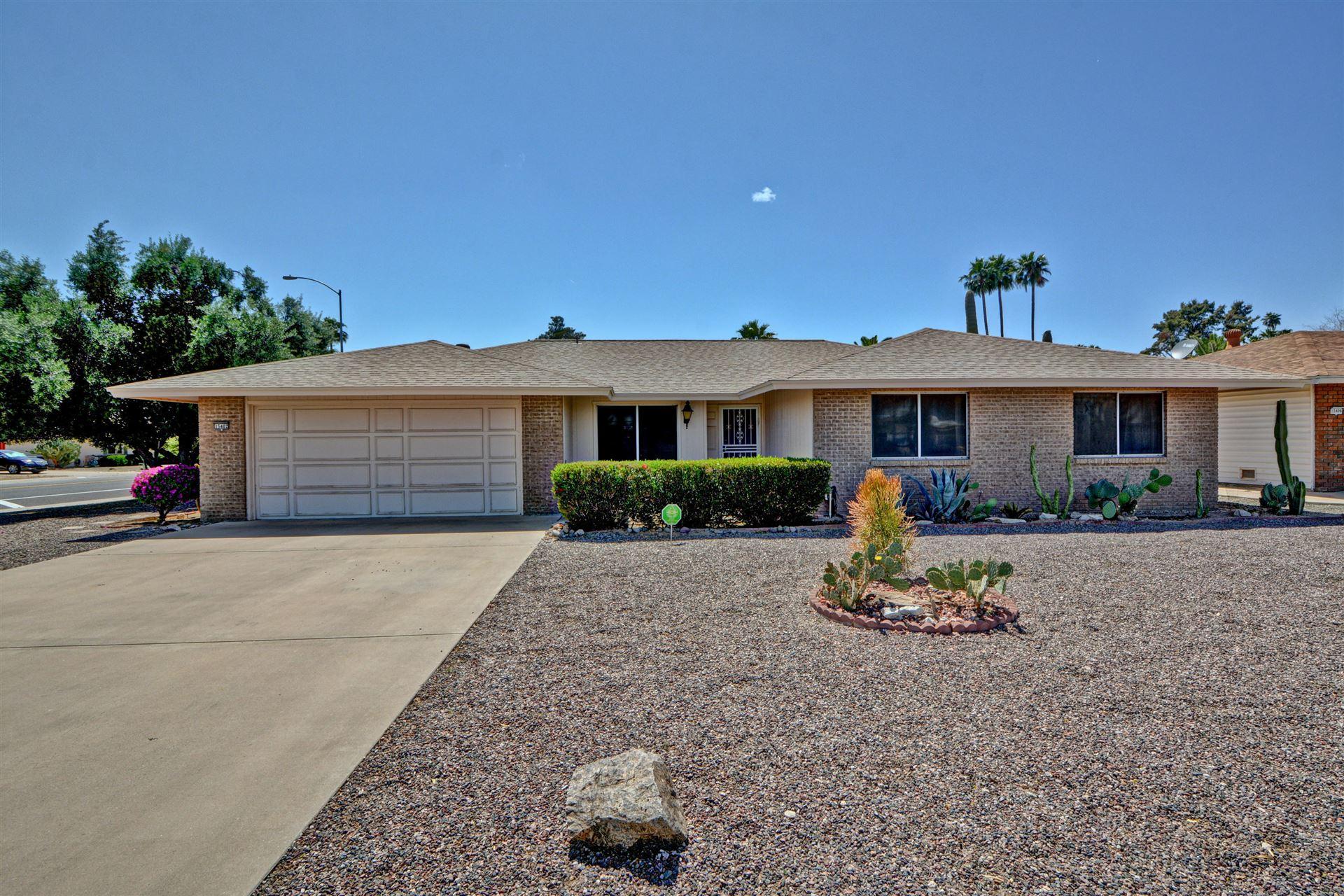 Photo of 15402 N BOWLING GREEN Drive, Sun City, AZ 85351 (MLS # 6228462)