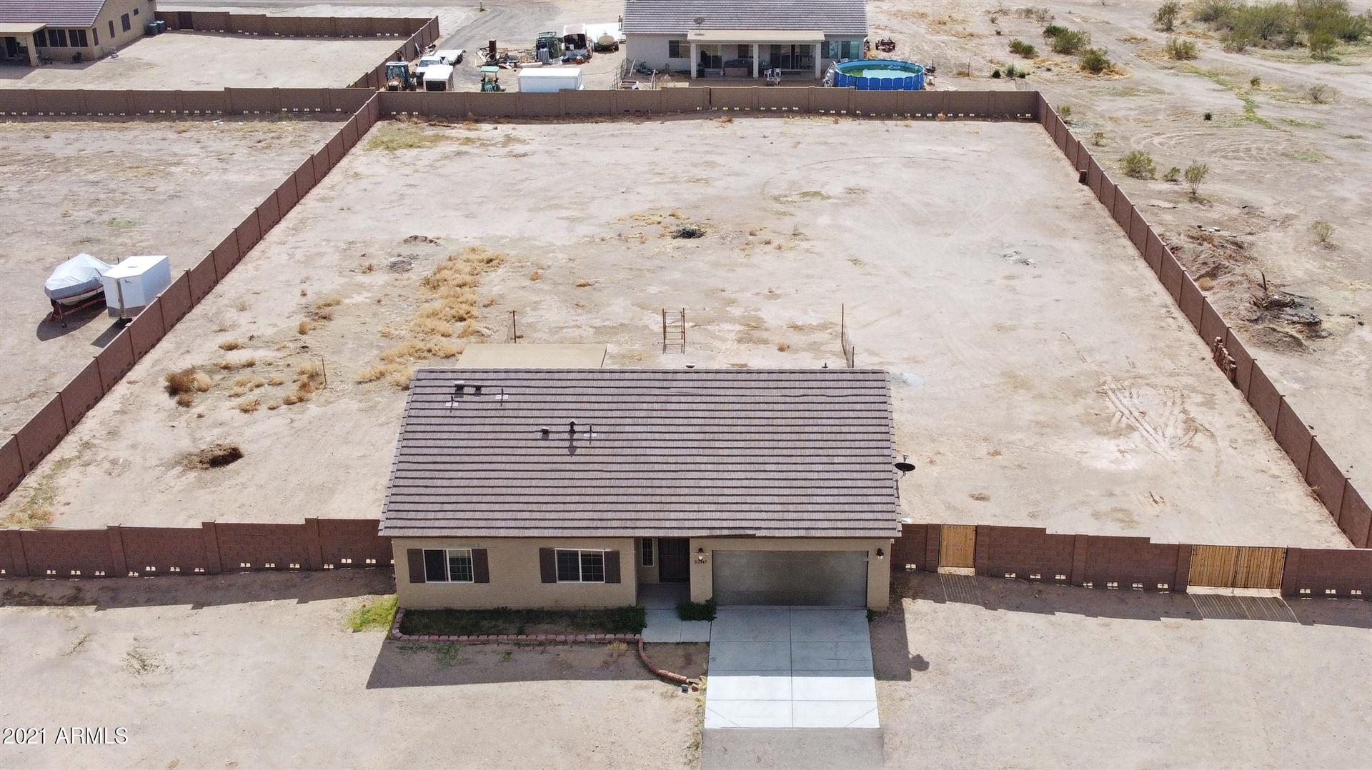 Photo of 22347 W PATTON Road, Wittmann, AZ 85361 (MLS # 6194472)