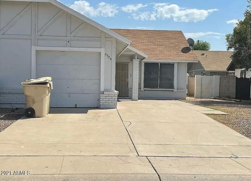 Photo of 5709 N 68TH Avenue, Glendale, AZ 85303 (MLS # 6307472)