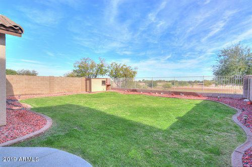 Photo of 21517 N GREENWAY Road, Maricopa, AZ 85138 (MLS # 6014474)