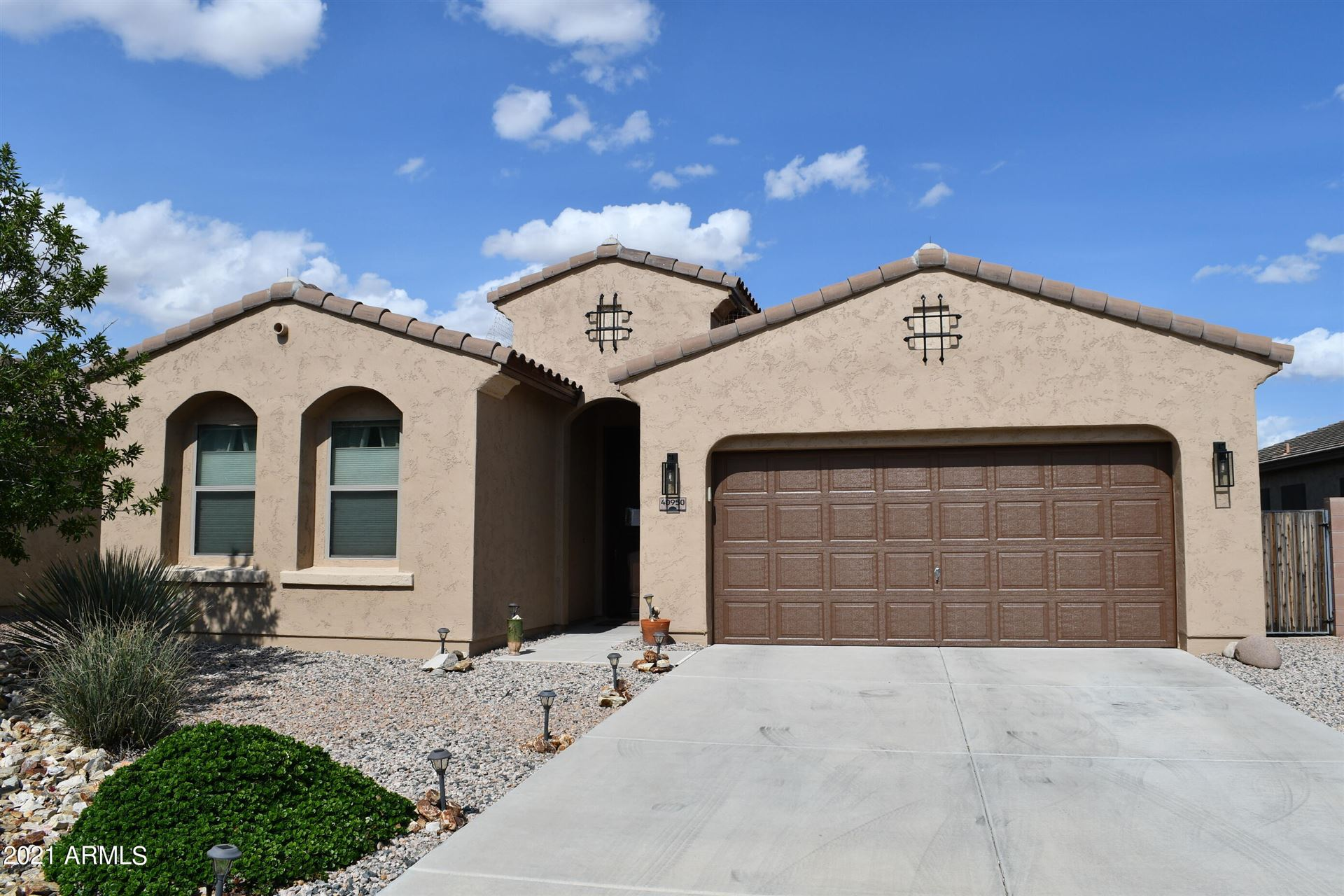 Photo for 40950 W BEDFORD Drive, Maricopa, AZ 85138 (MLS # 6283474)