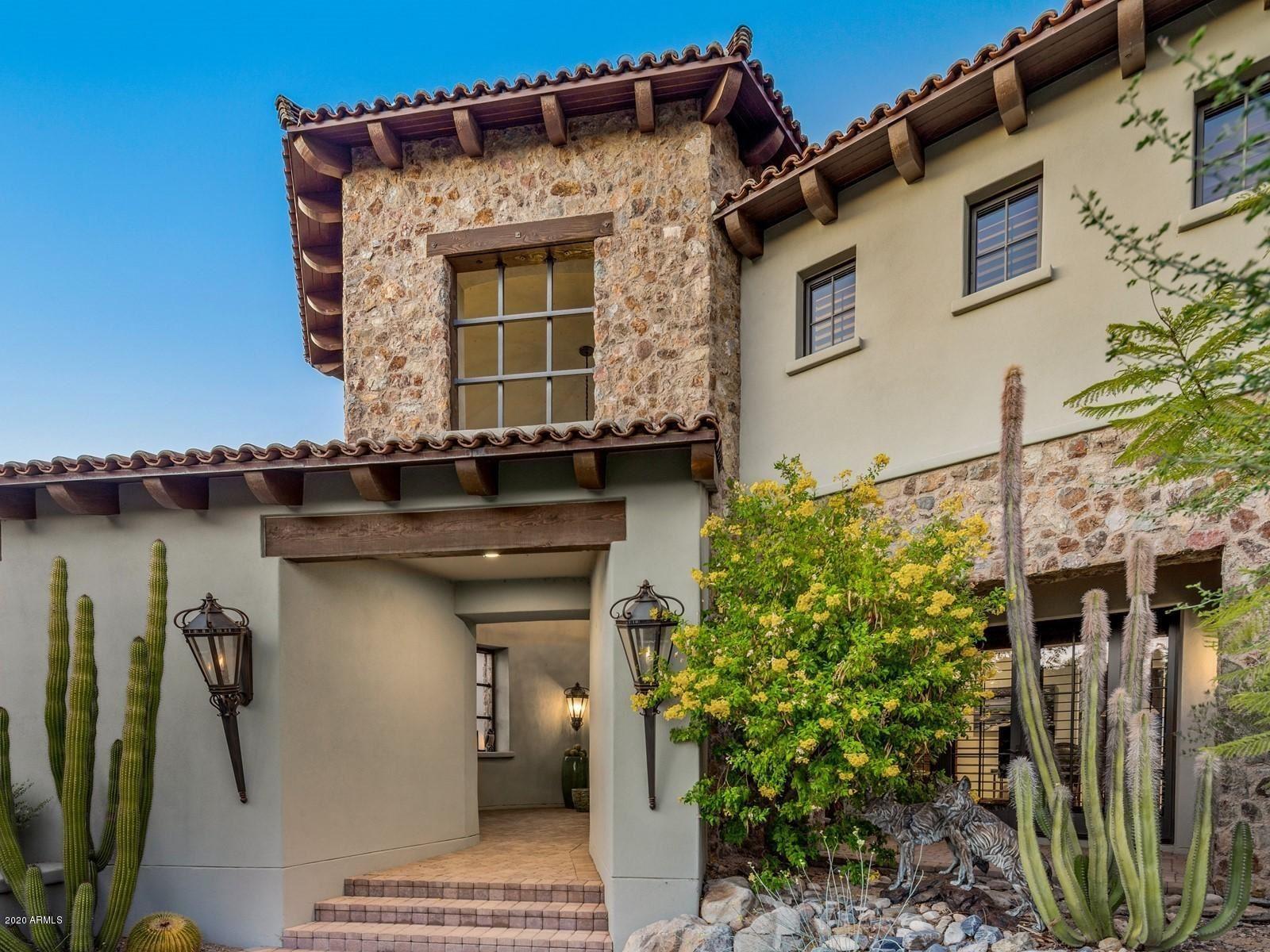 Photo of 10338 E Mountain Spring Road, Scottsdale, AZ 85255 (MLS # 6152479)