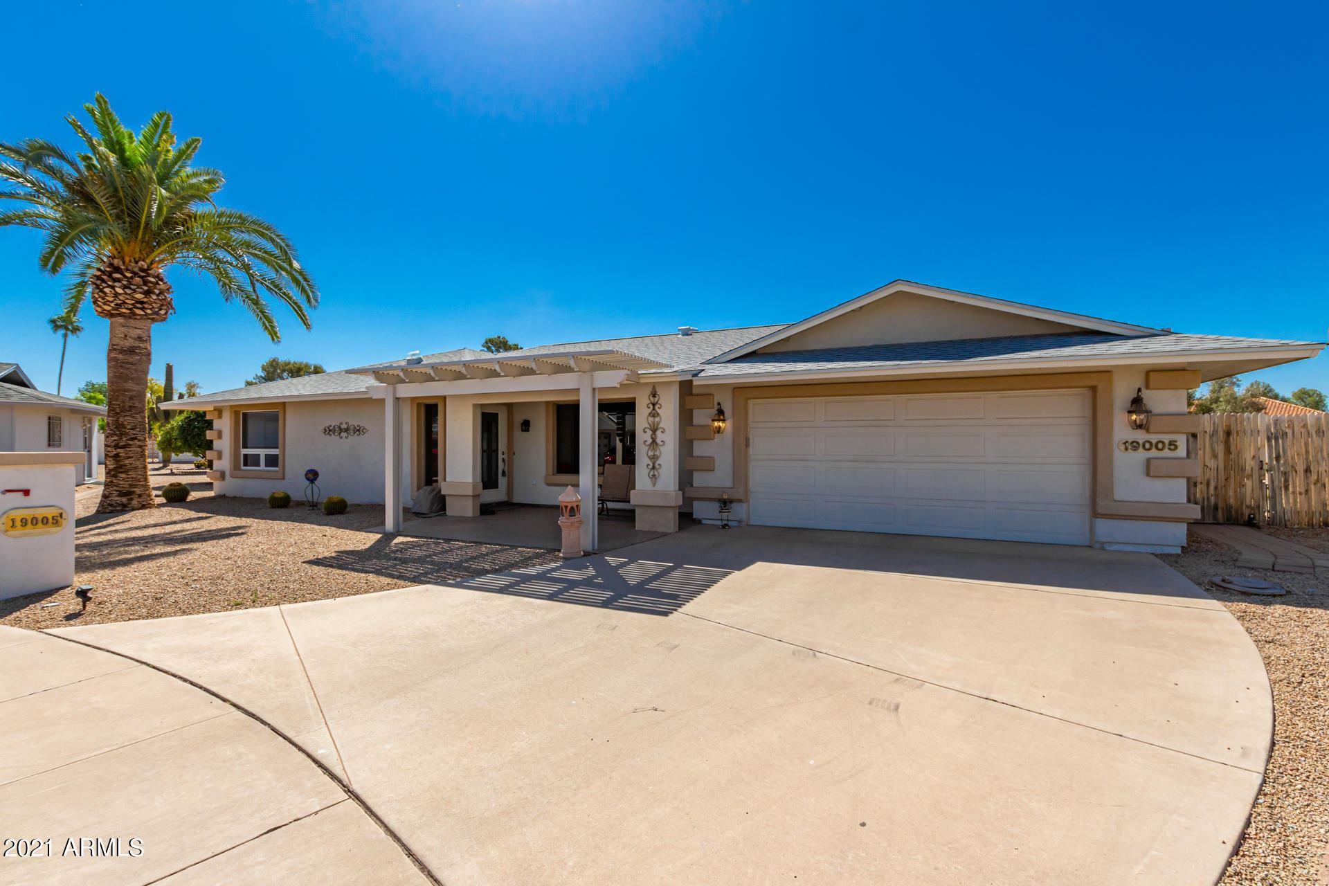 Photo of 19005 N 99TH Drive, Sun City, AZ 85373 (MLS # 6231488)