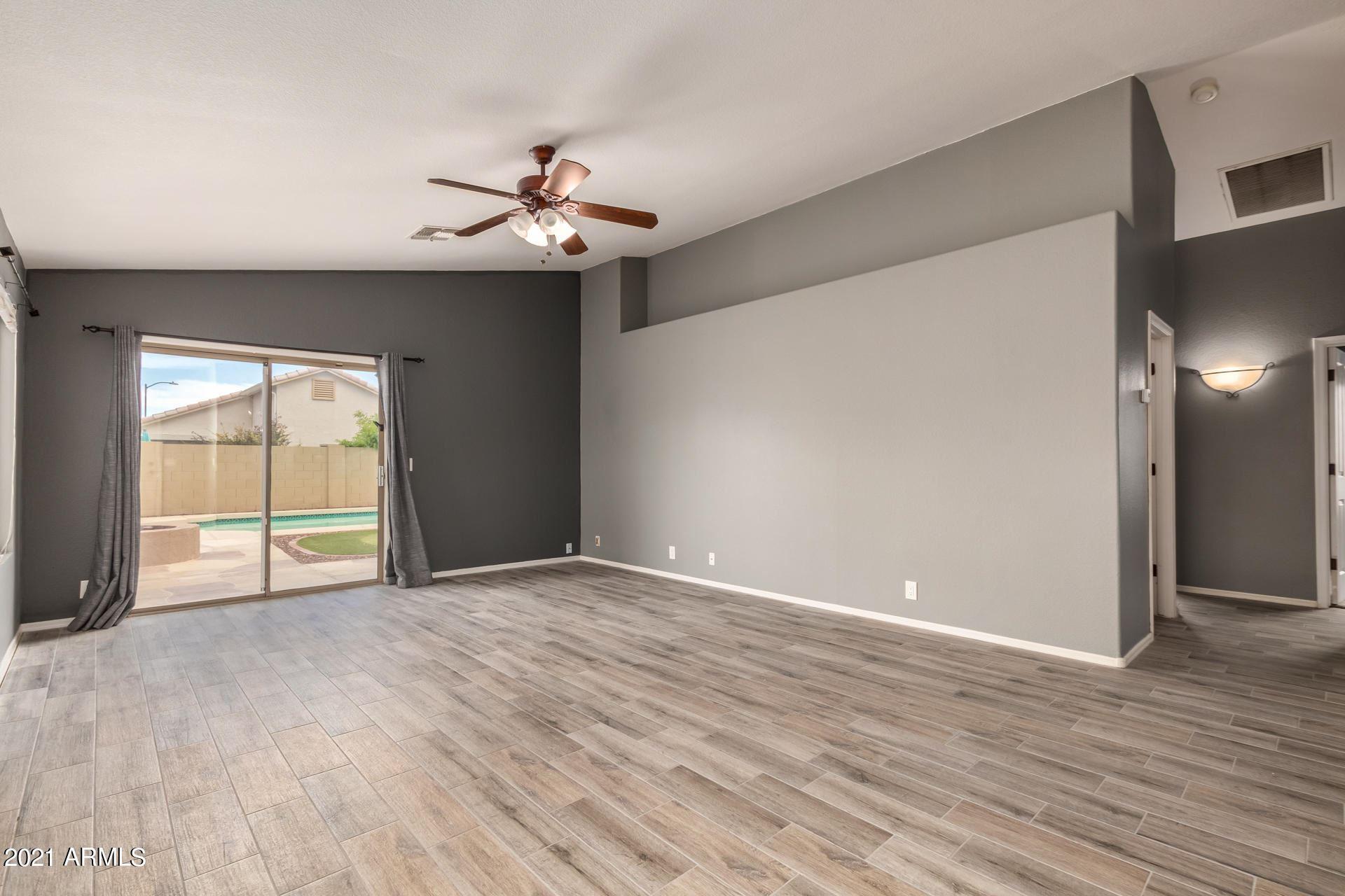 Photo of 3139 W LOUISE Drive, Phoenix, AZ 85027 (MLS # 6248492)