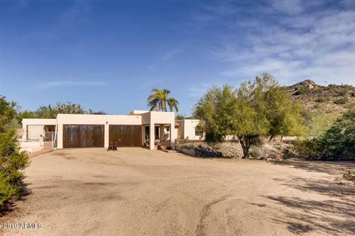 Photo of 7131 N QUARTZ MOUNTAIN Road, Paradise Valley, AZ 85253 (MLS # 6011501)
